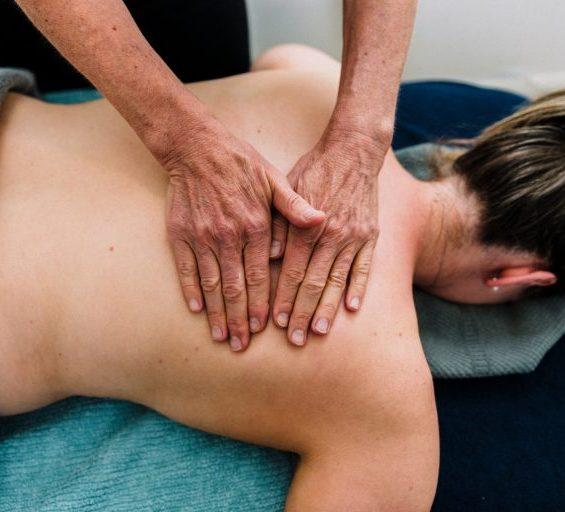 Aromatherapy massage on woman